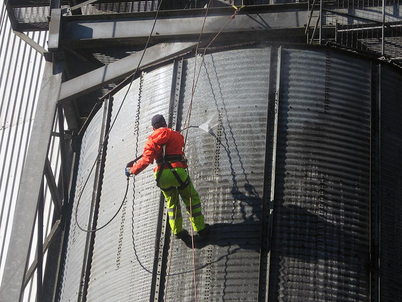 Silo Cleaning Services Img01